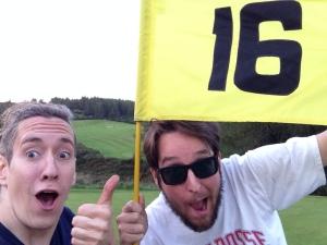 Au 16e, on a tous deux calé de longs roulés. Mais celui d'Alex avait juste pas rapport. Genre, très long. Ça lui a permis de jouer 118 au lieu de 119.